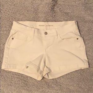 white old navy boyfriend jean shorts. size 2.